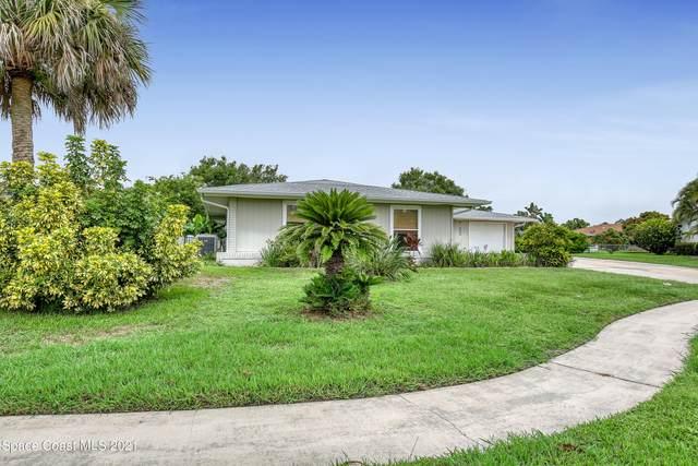652 Augusta Circle NE, Palm Bay, FL 32905 (MLS #909839) :: Blue Marlin Real Estate