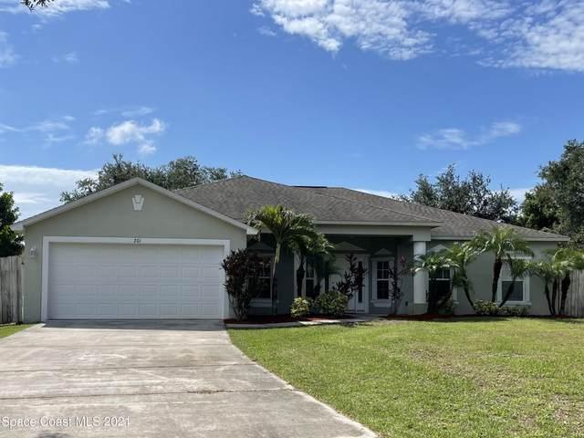 201 Fanfare Avenue NE, Palm Bay, FL 32907 (MLS #910027) :: Blue Marlin Real Estate