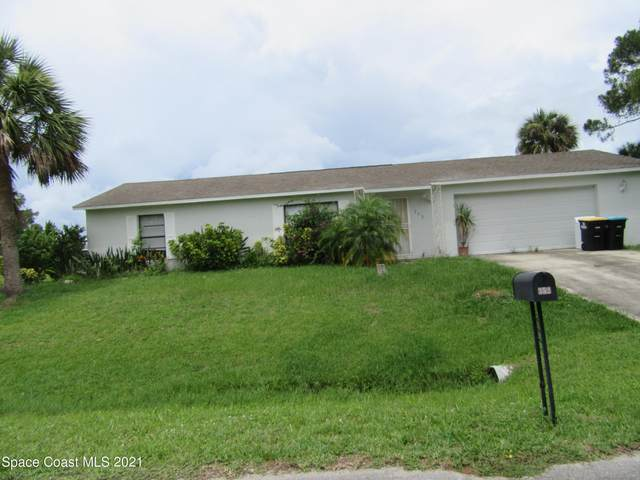 352 Jacaranda Avenue NW, Palm Bay, FL 32907 (MLS #910342) :: Premium Properties Real Estate Services