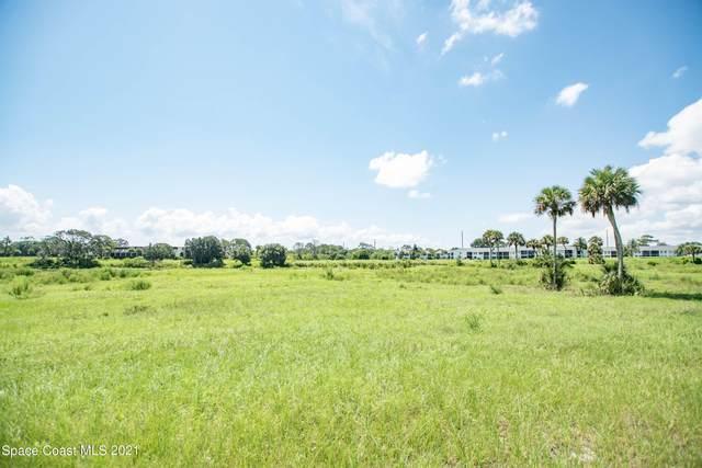 2150 Country Club Drive, Titusville, FL 32780 (MLS #910362) :: Keller Williams Realty Brevard