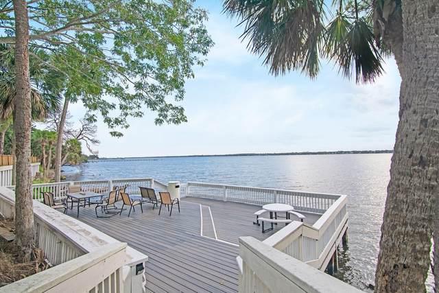 225 S Tropical Trl #322, Merritt Island, FL 32952 (MLS #910481) :: Premium Properties Real Estate Services