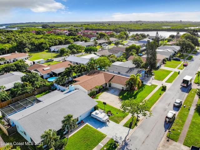 216 Via Havarre, Merritt Island, FL 32953 (MLS #910795) :: Blue Marlin Real Estate