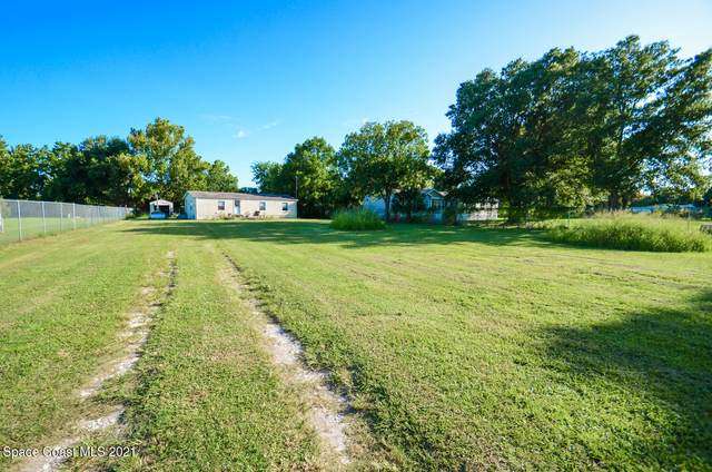 2735 Brockett Road, Mims, FL 32754 (MLS #911541) :: Vacasa Real Estate