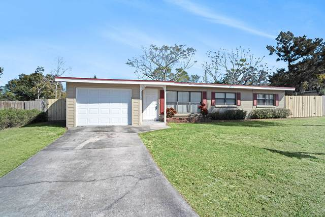 1035 Tudor Lane, Titusville, FL 32780 (MLS #912459) :: Blue Marlin Real Estate