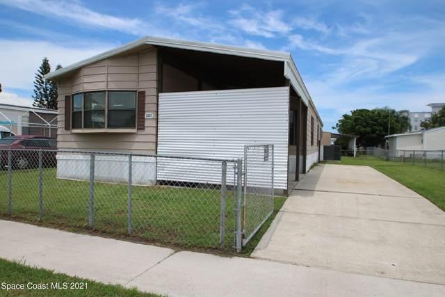 2527 Chatham Way NE, Palm Bay, FL 32905 (MLS #912647) :: Blue Marlin Real Estate