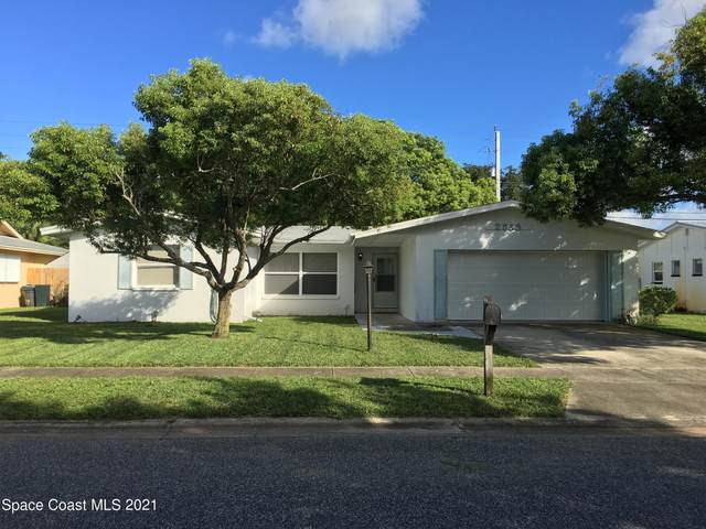 2533 Riviera Drive, Titusville, FL 32780 (MLS #913584) :: Blue Marlin Real Estate