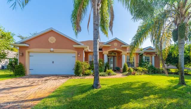 4542 Ben Hogan Way, Titusville, FL 32796 (MLS #915348) :: Blue Marlin Real Estate