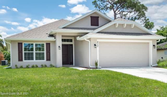 2712 Pinwherry Street NW, Palm Bay, FL 32907 (MLS #916477) :: Blue Marlin Real Estate