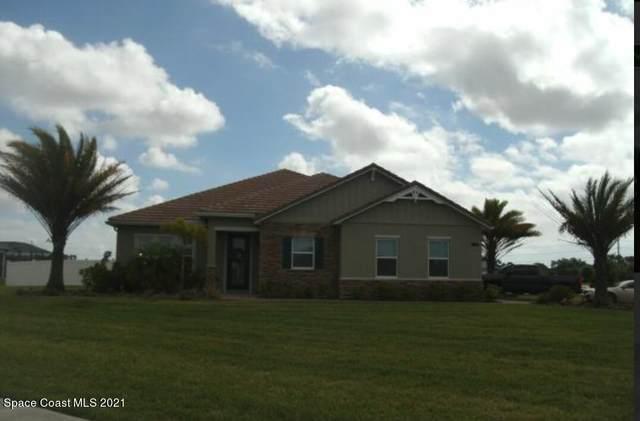4860 Tiverton Court, Melbourne, FL 32934 (MLS #916867) :: Blue Marlin Real Estate