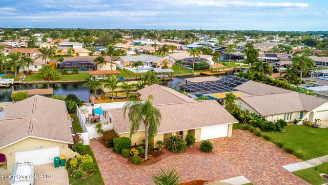 1405 Taurus Court, Merritt Island, FL 32953 (MLS #916943) :: Premium Properties Real Estate Services