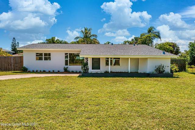 202 NE 2nd Street, Satellite Beach, FL 32937 (MLS #917232) :: Premium Properties Real Estate Services
