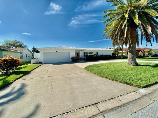 411 Carmine Drive, Cocoa Beach, FL 32931 (MLS #918207) :: Premium Properties Real Estate Services