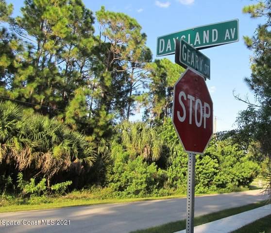 708 Daysland Avenue SW, Palm Bay, FL 32908 (MLS #918374) :: Engel & Voelkers Melbourne Central