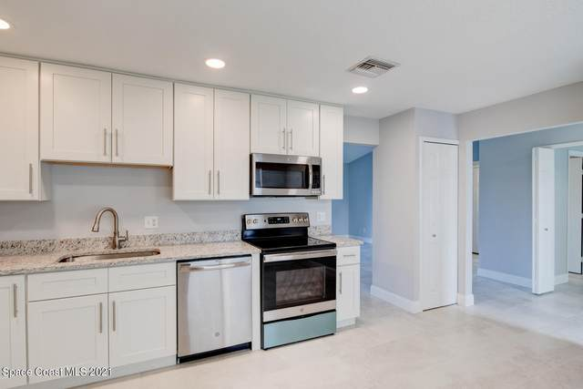 761 Glencove Avenue NW, Palm Bay, FL 32907 (MLS #918440) :: Dalton Wade Real Estate Group