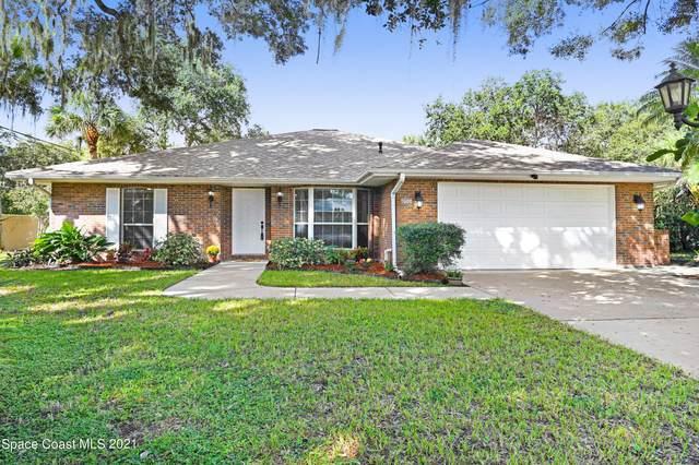 1800 Whispering Oaks Circle, Melbourne, FL 32934 (MLS #918497) :: Dalton Wade Real Estate Group
