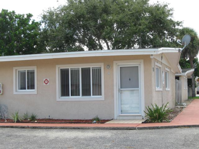 215 Pierce Avenue D, Cape Canaveral, FL 32920 (MLS #821939) :: Pamela Myers Realty