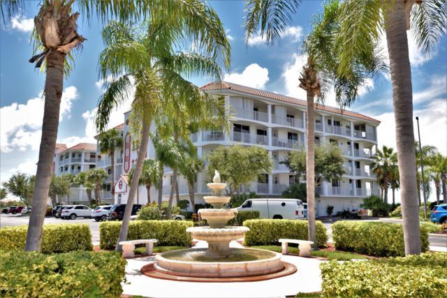 8964 Puerto Del Rio Drive #404, Cape Canaveral, FL 32920 (MLS #823880) :: Platinum Group / Keller Williams Realty