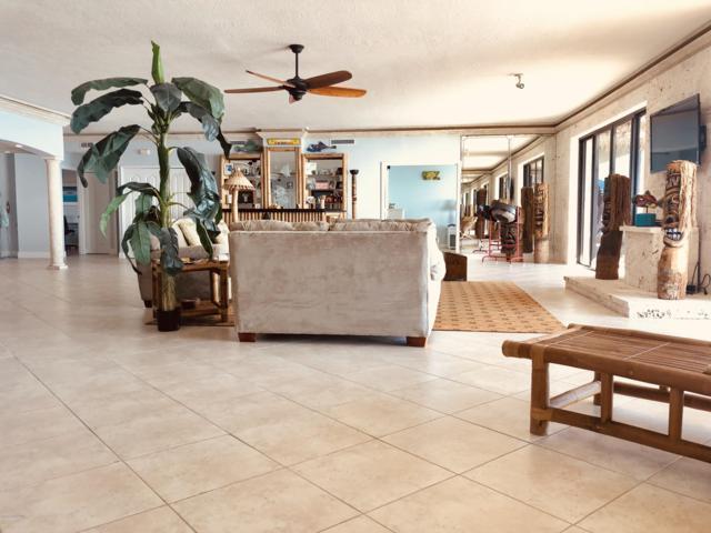 750 N Atlantic Avenue #3, Cocoa Beach, FL 32931 (MLS #828959) :: Platinum Group / Keller Williams Realty