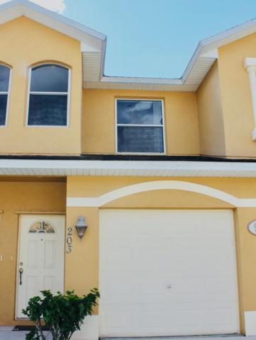 907 Ocaso Lane #203, Rockledge, FL 32955 (MLS #829383) :: Platinum Group / Keller Williams Realty