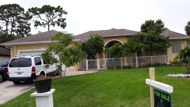 1390 Buffing Circle SE, Palm Bay, FL 32909 (MLS #848076) :: Pamela Myers Realty