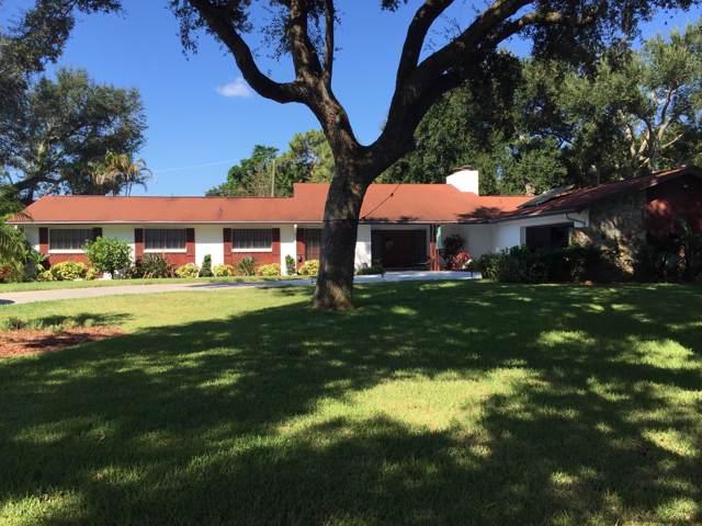 2055 S Courtenay Parkway, Merritt Island, FL 32952 (MLS #856127) :: Premium Properties Real Estate Services