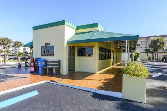 410 N Atlantic Avenue, Cocoa Beach, FL 32931 (MLS #862785) :: Coldwell Banker Realty