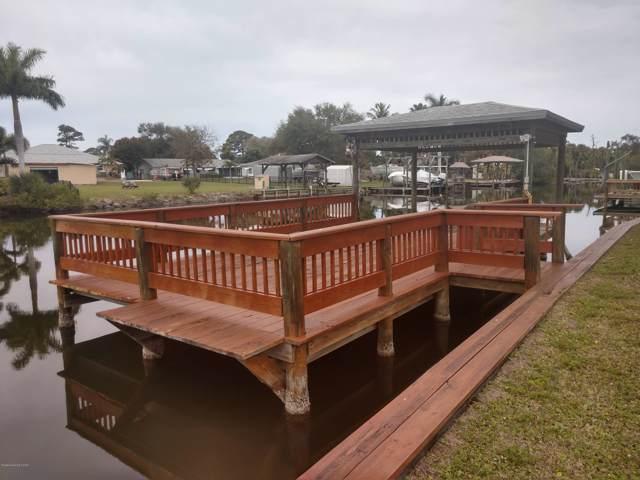 1990 Harbor Point Drive, Merritt Island, FL 32952 (MLS #866847) :: Blue Marlin Real Estate