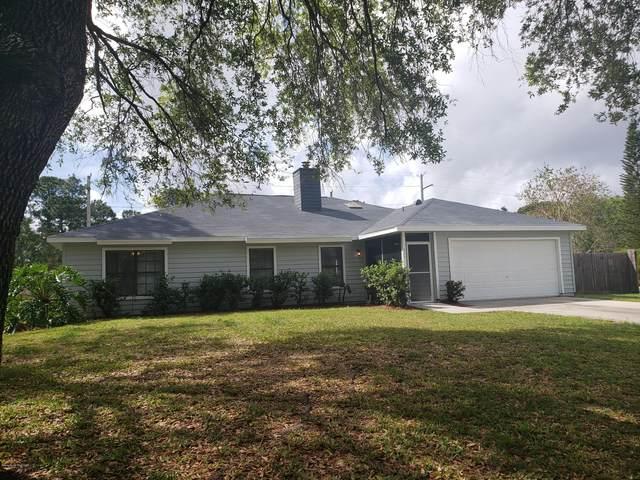 207 SE Sauders Road, Palm Bay, FL 32909 (MLS #868099) :: Premier Home Experts