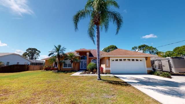 6860 Cedar Avenue, Cocoa, FL 32927 (MLS #870809) :: Premium Properties Real Estate Services