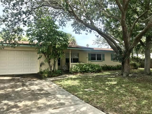1105 Pine Street, Melbourne Beach, FL 32951 (MLS #877169) :: Blue Marlin Real Estate