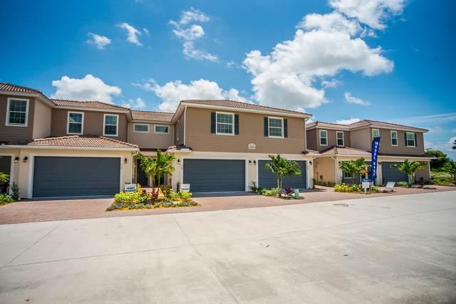 1470 Isabella Drive #101, Melbourne, FL 32935 (MLS #877952) :: Blue Marlin Real Estate