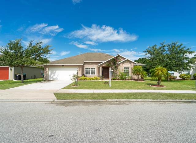 2012 Gloria Circle NE, Palm Bay, FL 32905 (MLS #878440) :: Coldwell Banker Realty