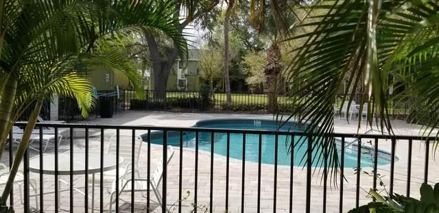 2239 Flower Tree Circle, Melbourne, FL 32935 (MLS #879508) :: Blue Marlin Real Estate