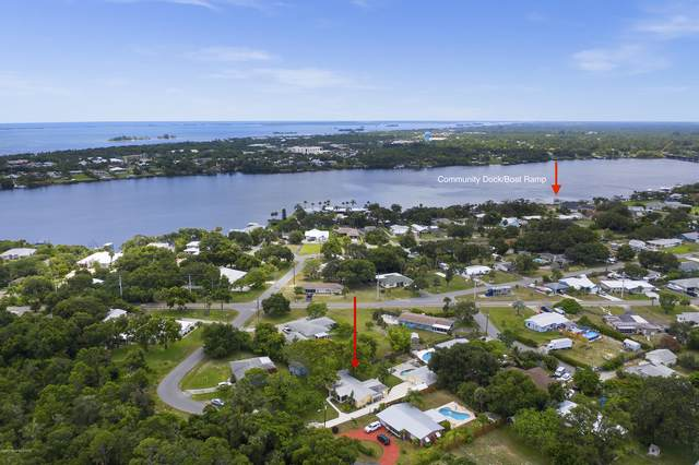 3733 Lakeview Drive, Micco, FL 32976 (MLS #880148) :: Engel & Voelkers Melbourne Central