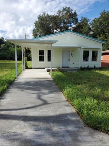 823 Ferndale Avenue, Rockledge, FL 32955 (MLS #880589) :: Blue Marlin Real Estate