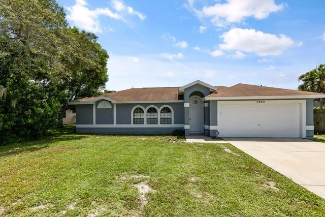 3905 Fay Boulevard, Cocoa, FL 32927 (MLS #882692) :: Blue Marlin Real Estate