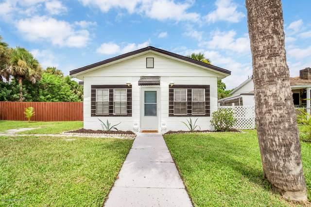 2535 Victoria Drive NE, Palm Bay, FL 32905 (MLS #883482) :: Blue Marlin Real Estate