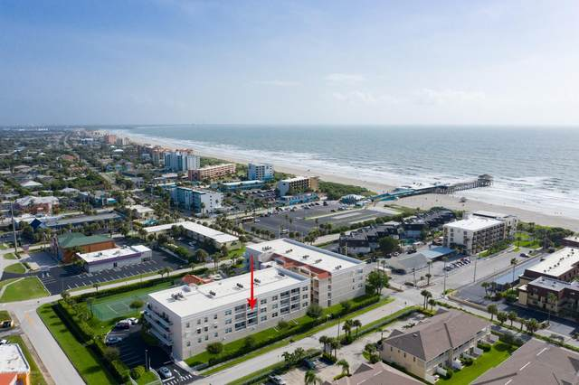 105 Pulsipher Avenue #302, Cocoa Beach, FL 32931 (MLS #883805) :: Engel & Voelkers Melbourne Central
