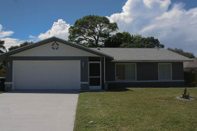 326 NE Riley Avenue NE, Palm Bay, FL 32907 (MLS #884011) :: Premium Properties Real Estate Services