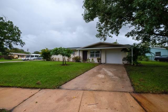 2522 Hathaway Drive, Cocoa, FL 32926 (MLS #884497) :: Blue Marlin Real Estate