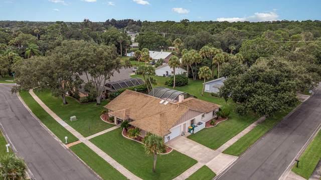 1818 Fox Bay Drive, Melbourne, FL 32934 (MLS #885053) :: Blue Marlin Real Estate