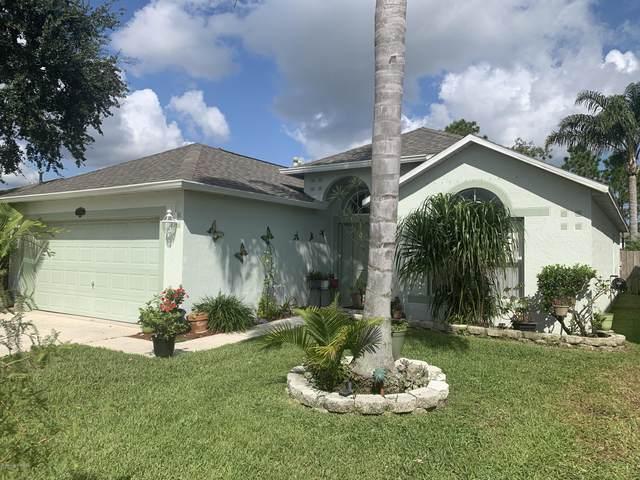 746 Peachtree Street, Titusville, FL 32780 (MLS #885066) :: Premium Properties Real Estate Services