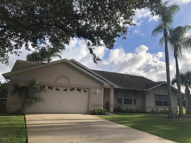 948 Hunan Street NE, Palm Bay, FL 32907 (MLS #885095) :: Blue Marlin Real Estate