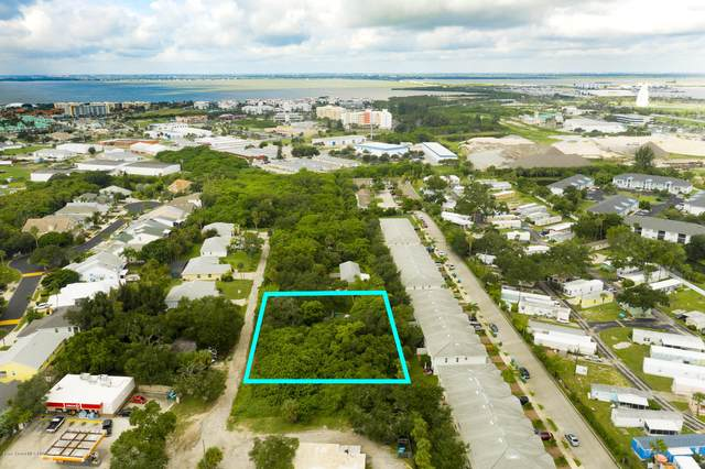 122 Oak Lane, Cape Canaveral, FL 32920 (MLS #885850) :: Engel & Voelkers Melbourne Central