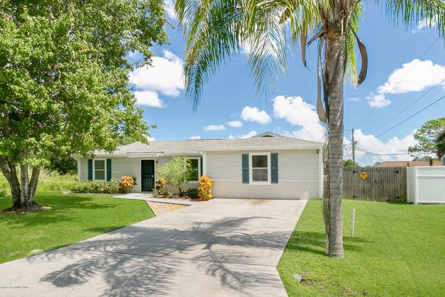 407 Goldsmith Avenue NW, Palm Bay, FL 32907 (MLS #886077) :: Engel & Voelkers Melbourne Central