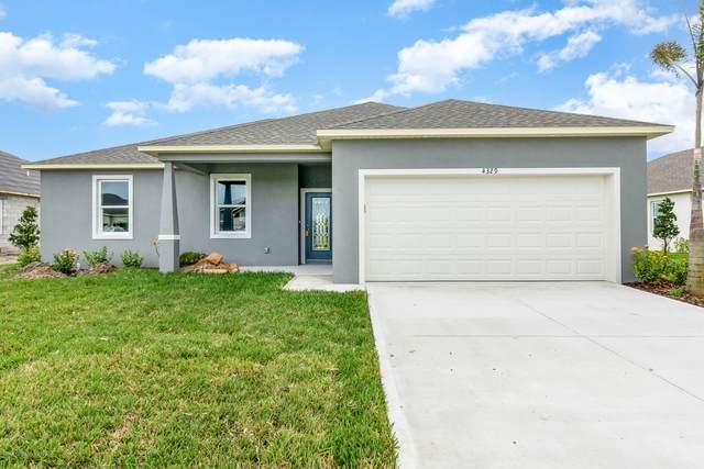 4329 Lago Vista Drive, Micco, FL 32976 (MLS #886859) :: Blue Marlin Real Estate