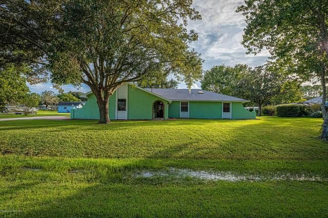 2985 Crystal Court, Titusville, FL 32780 (MLS #886869) :: Premium Properties Real Estate Services