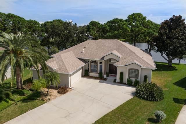 240 Carmel Drive, Melbourne, FL 32940 (MLS #887692) :: Blue Marlin Real Estate