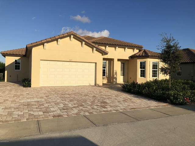 1217 Fulton Circle, Titusville, FL 32780 (MLS #887822) :: Coldwell Banker Realty