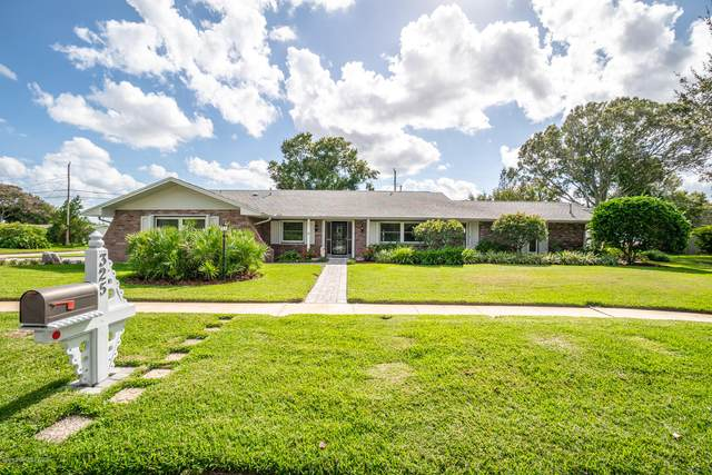325 Hailwood Drive, Melbourne, FL 32901 (MLS #888217) :: Premium Properties Real Estate Services